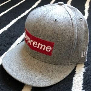 d3829995a081c9 Supreme Accessories - Extremely Rare Supreme NYC Box Logo New Era Fitted